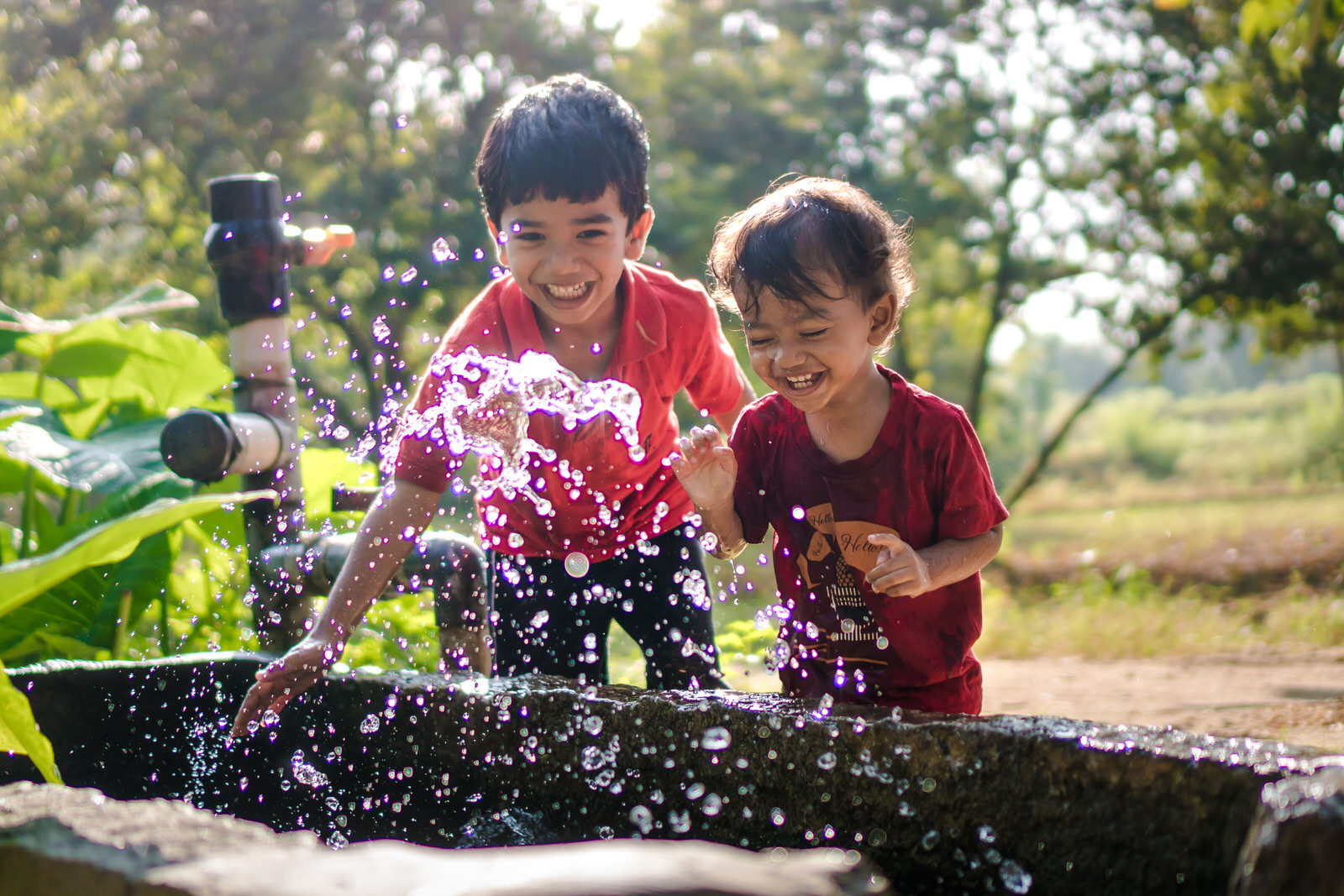 23122017-Boys-Playing-Water-Tank-211.jpg