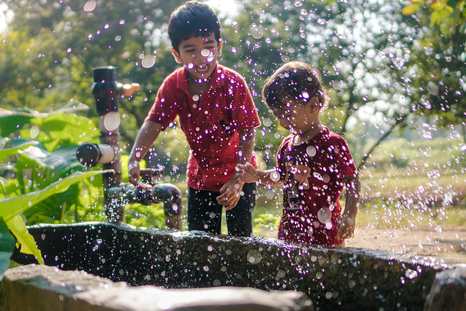 23122017-Boys-Playing-Water-Tank-217.jpg