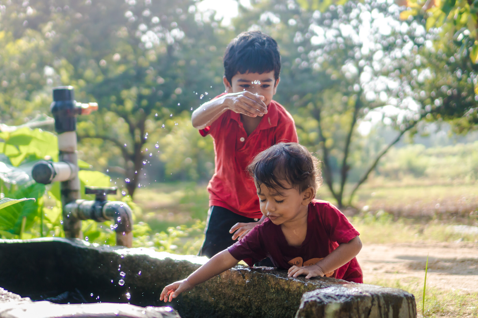 23122017-Boys-Playing-Water-Tank-262.jpg