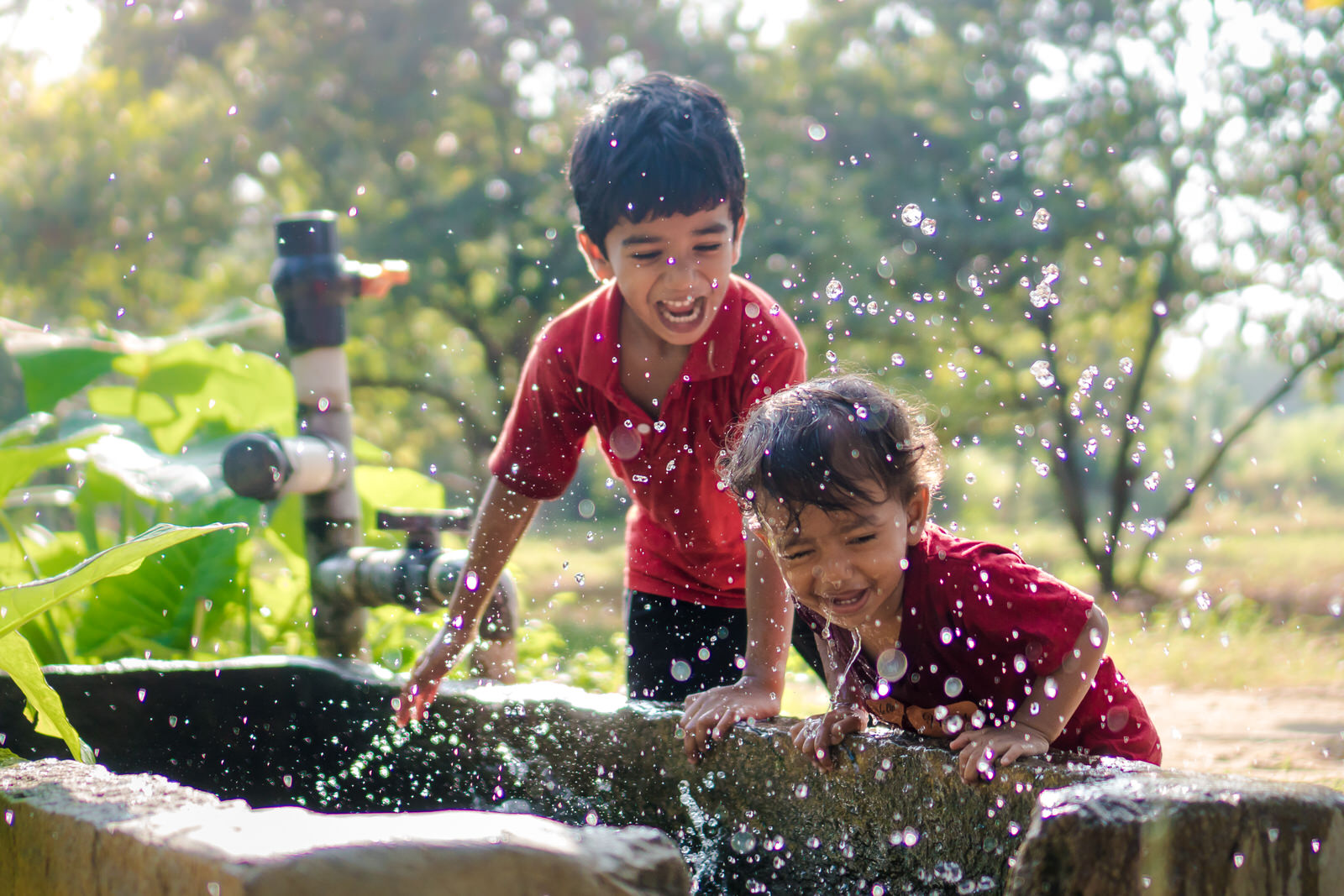 23122017-Boys-Playing-Water-Tank-288.jpg