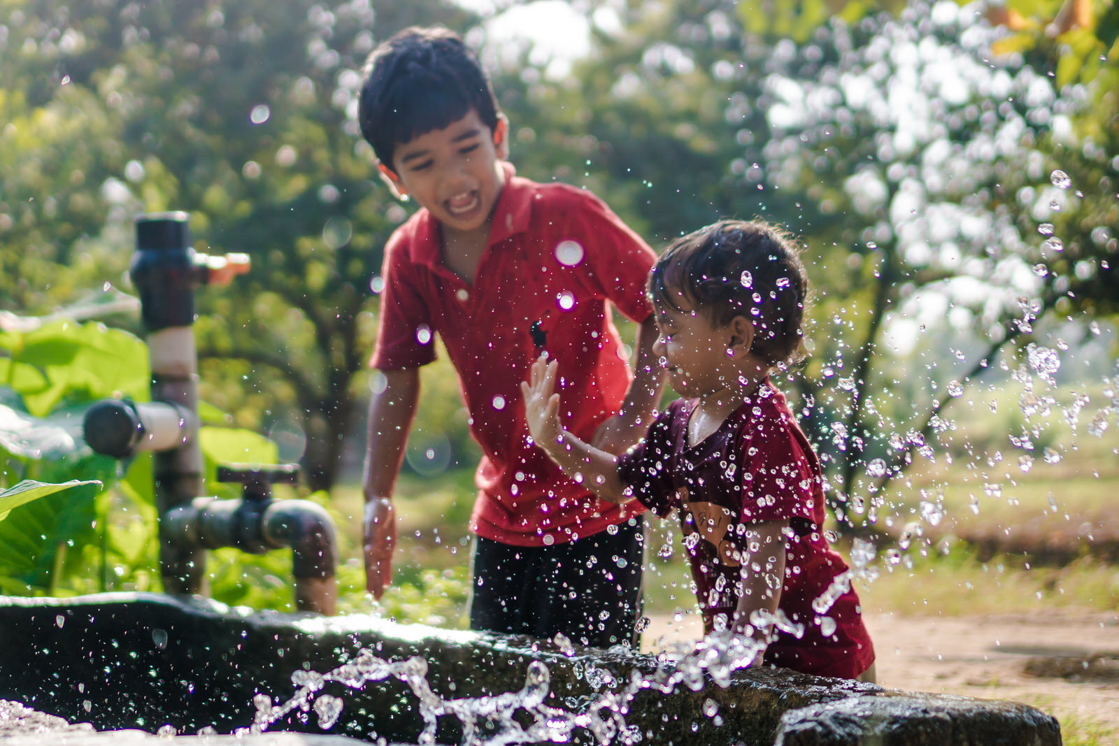 23122017-Boys-Playing-Water-Tank-308.jpg