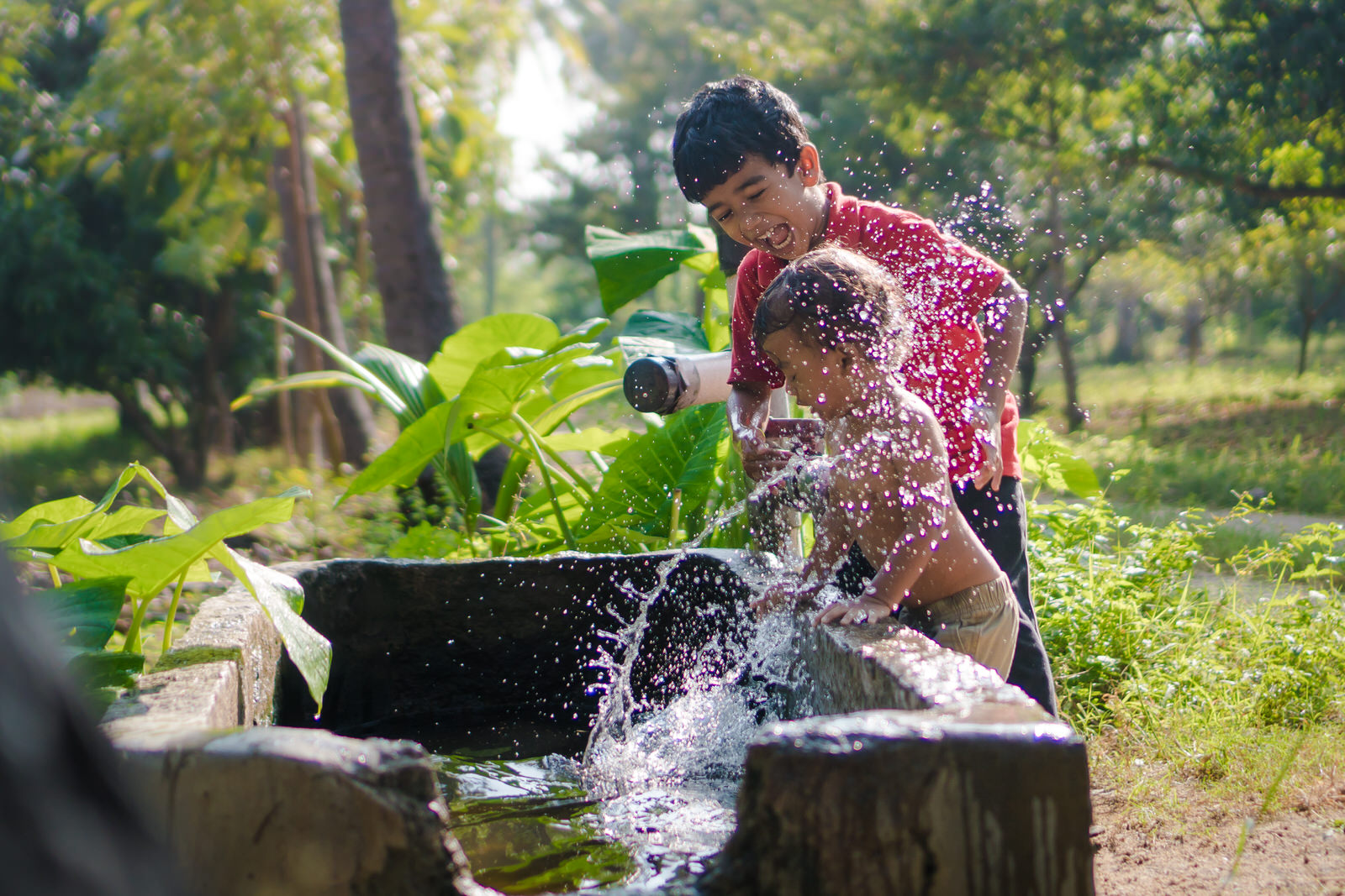 23122017-Boys-Playing-Water-Tank-331.jpg