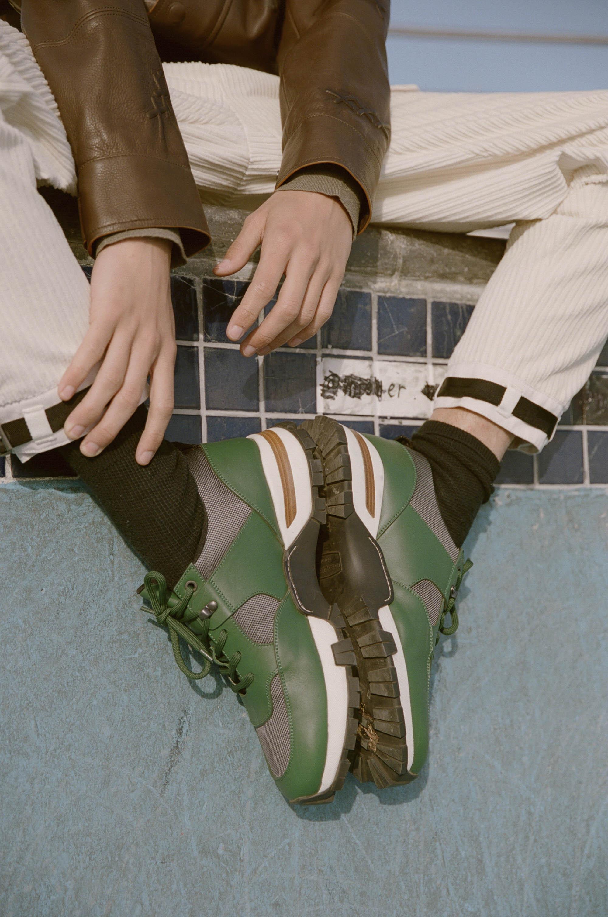 DAPHNENGUYEN-CPC Sneakers-181113000231850032.jpg