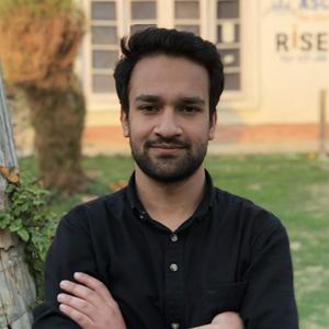 Mohammad (Moin) Mir   Logistics & Alumni Outreach Head