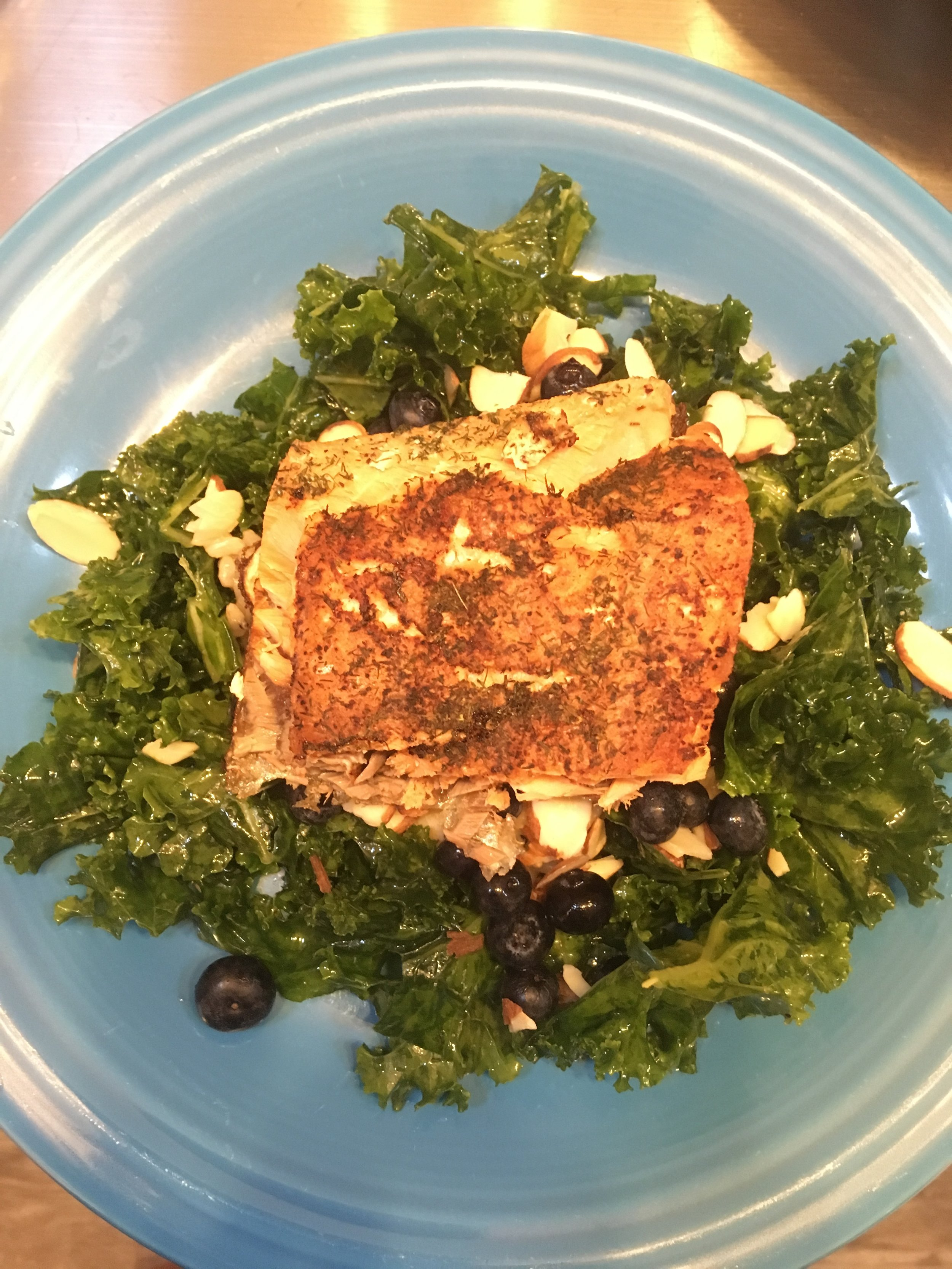 Blueberry Kale salad with salmon.JPG