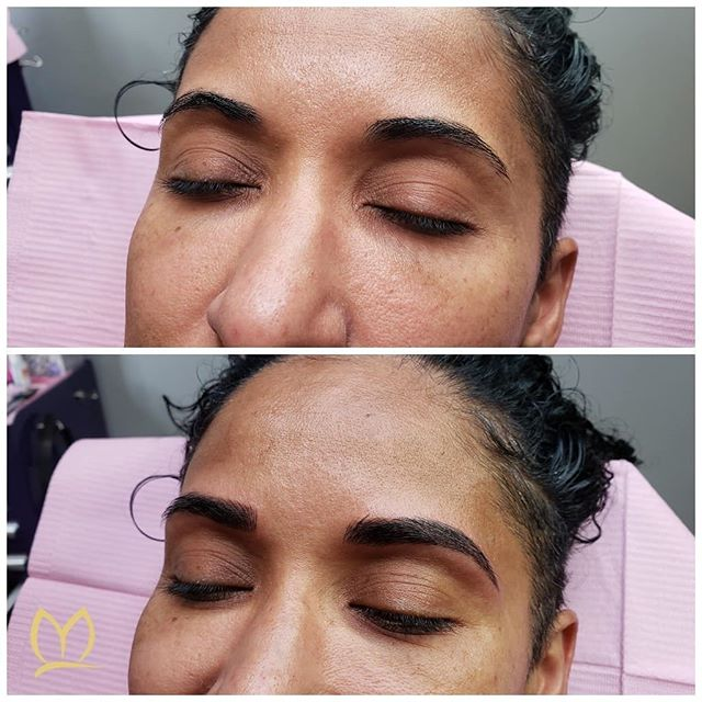 I ❤ these tomboy brows! This was such a fun session with a wonderful group of people! She had been wearing makeup to make her shape stronger and more defined but now after getting the combo brow treatment there is no need! She can wake up and go!  Swipe to see another view👉
