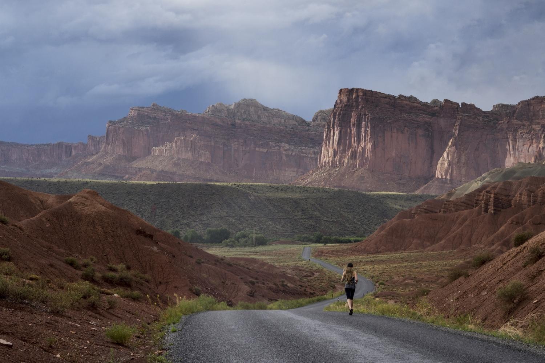 woman-running-wilderness-mountains-ultramarathon-endurance.jpg