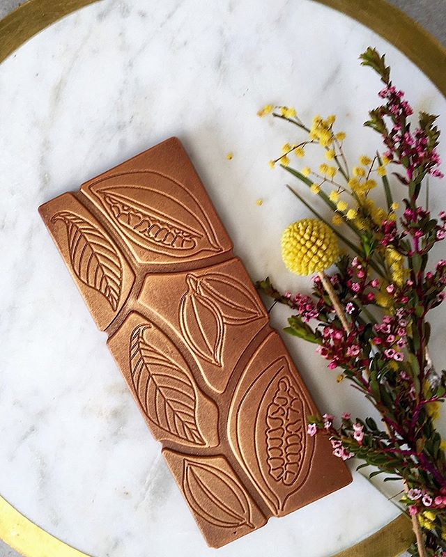 Have you sampled the M&P Roast Wattleseed & Hazelnut bar? The smoothest French Valrhona milk chocolate is partnered with our very own roast wattleseed to create a truly indulgent treat.  The judges of this years Australian Fine Food Awards voted it gold medal worthy 🥇Sample it for yourself at tomorrow's @olivetreemarket 🌳or order online for nationwide delivery 🚚 ✨  #edibleluxury #awardwinningchocolate #australianmade #australianchocolate #nativeaustralian #australiannative #newcastlensw #huntervalleynsw #mymaitland #myrtleandpepper