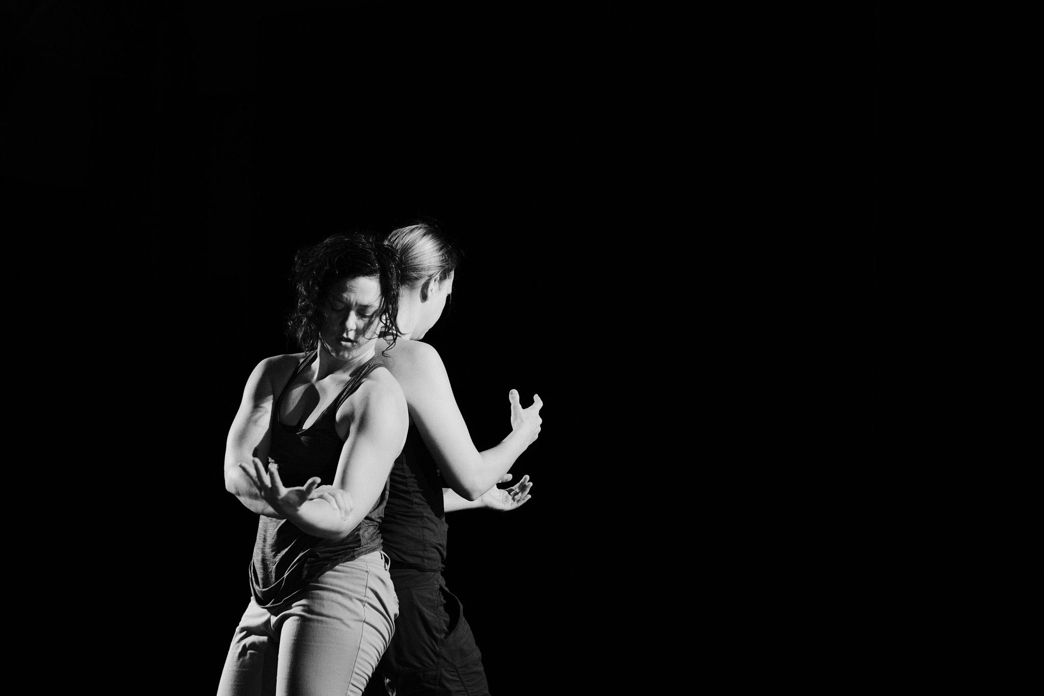 Dance_Halifax_arts_kinetic_sara_Fox_and_fellow-1.jpg