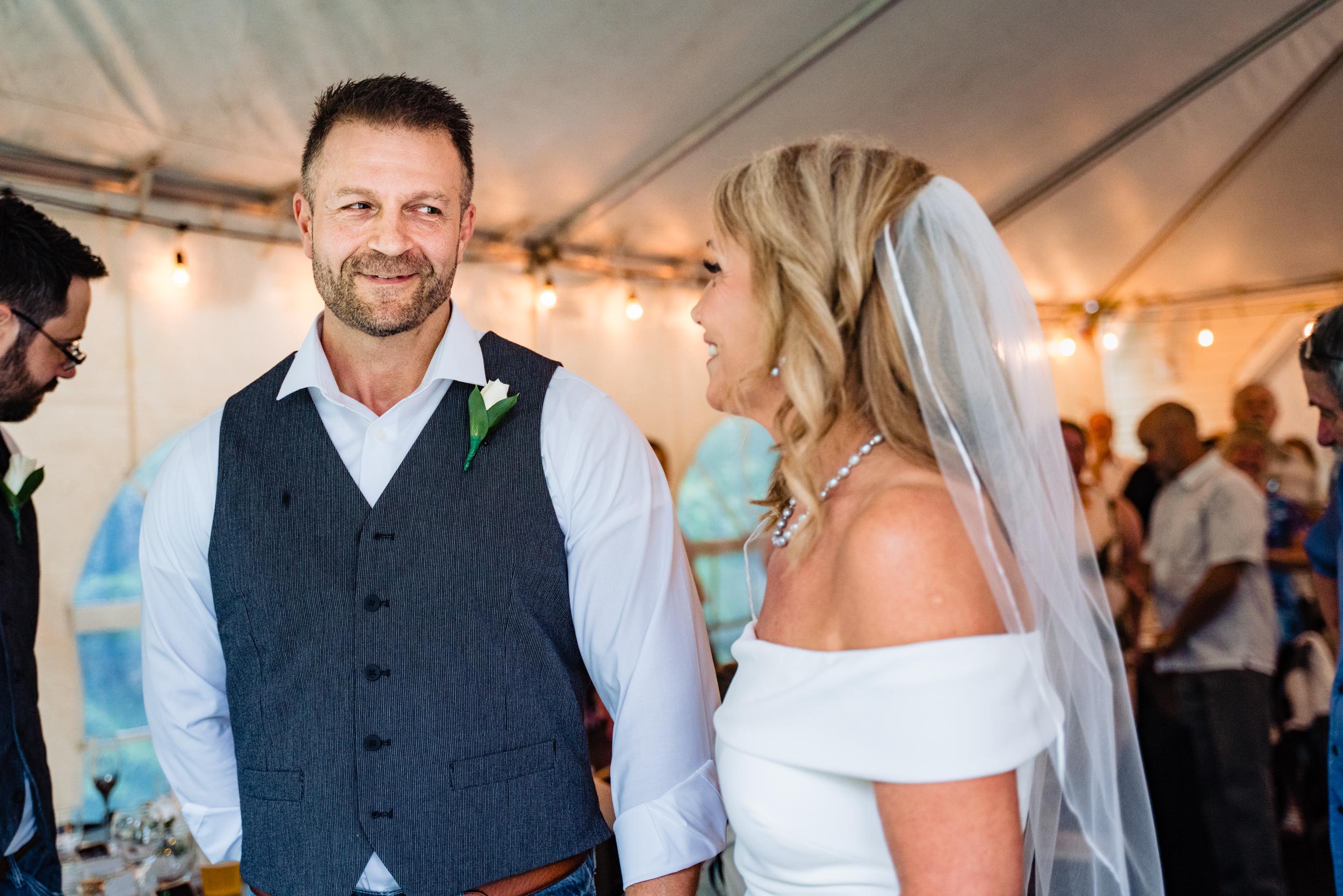 Halifax-wedding-photography-foxandfellow-nova-scotia-backyard-summer-canada-25.jpg