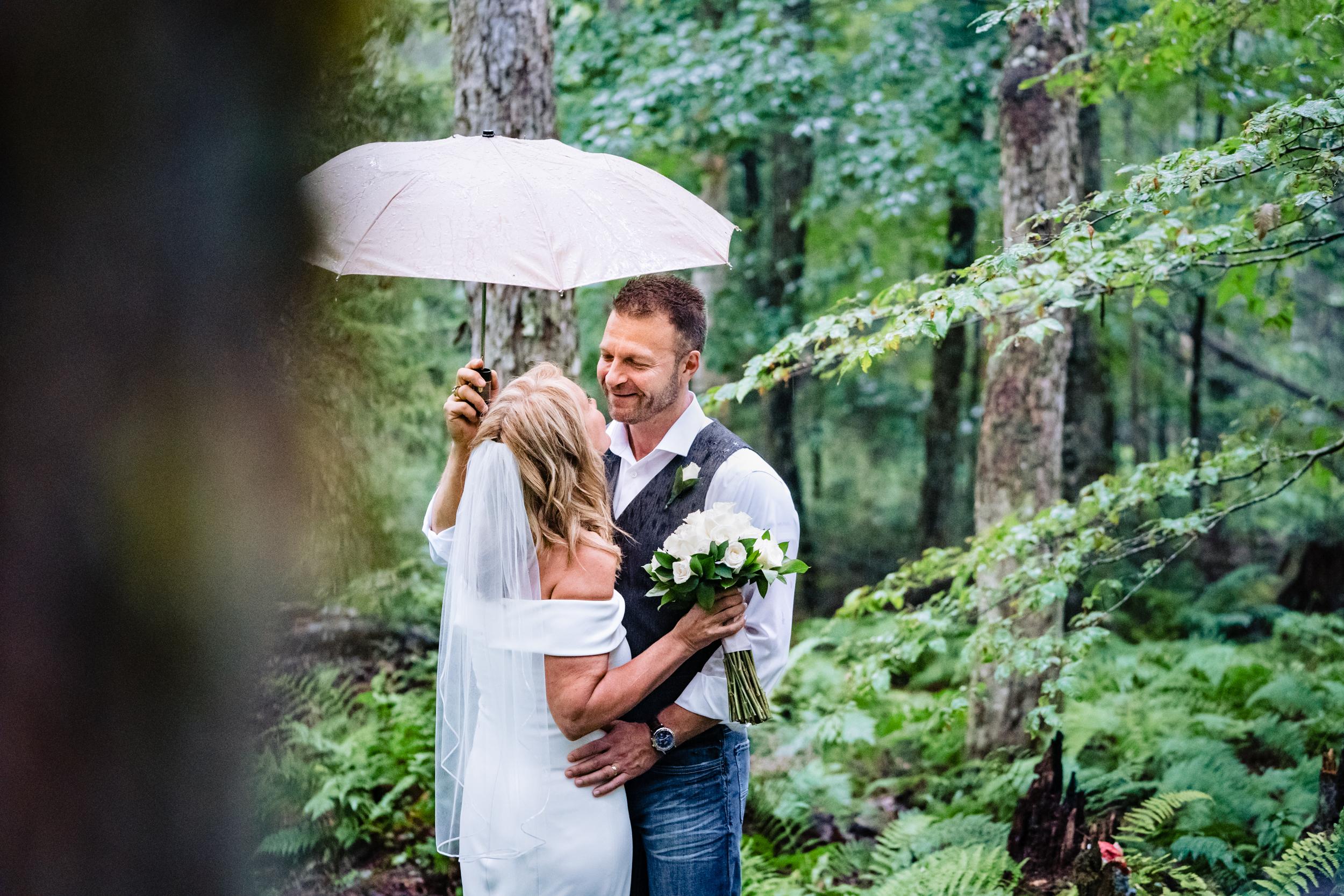 Halifax-wedding-photography-foxandfellow-nova-scotia-backyard-summer-canada-42.jpg