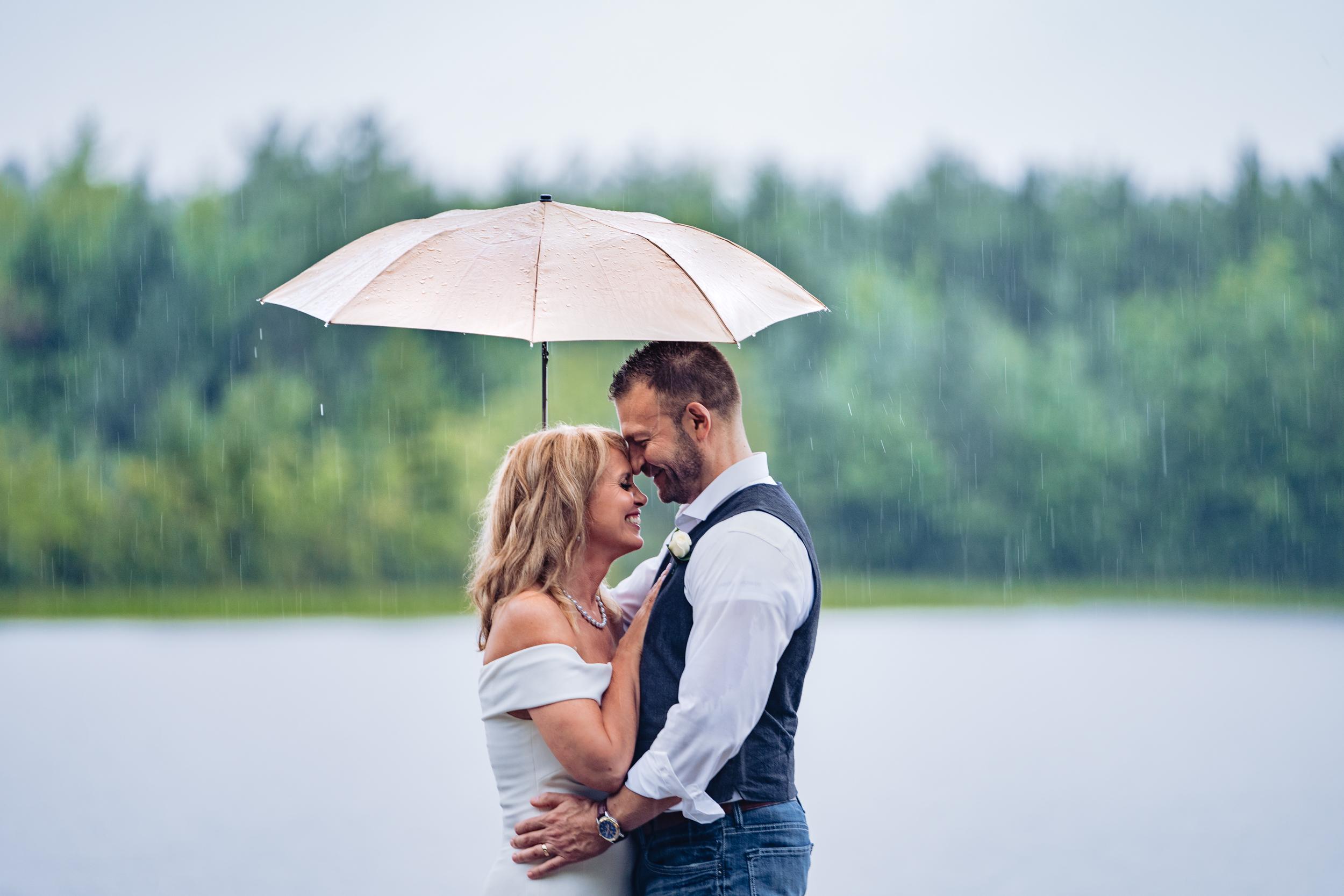 Halifax-wedding-photography-foxandfellow-nova-scotia-backyard-summer-canada-60.jpg