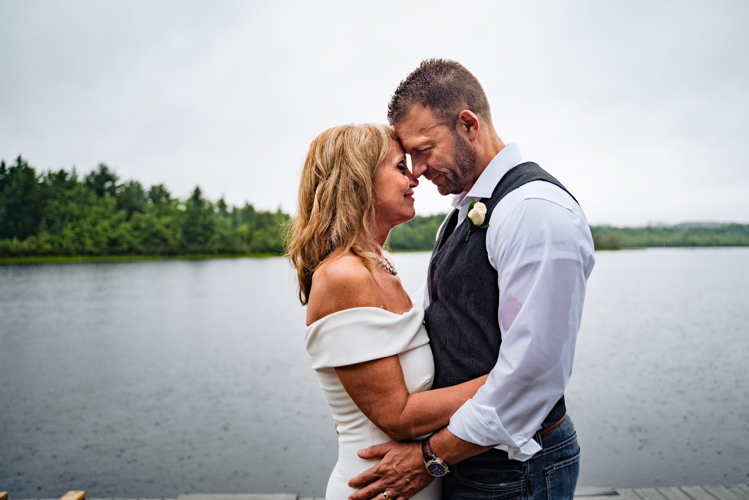 Halifax-wedding-photography-foxandfellow-nova-scotia-backyard-summer-canada-64.jpg