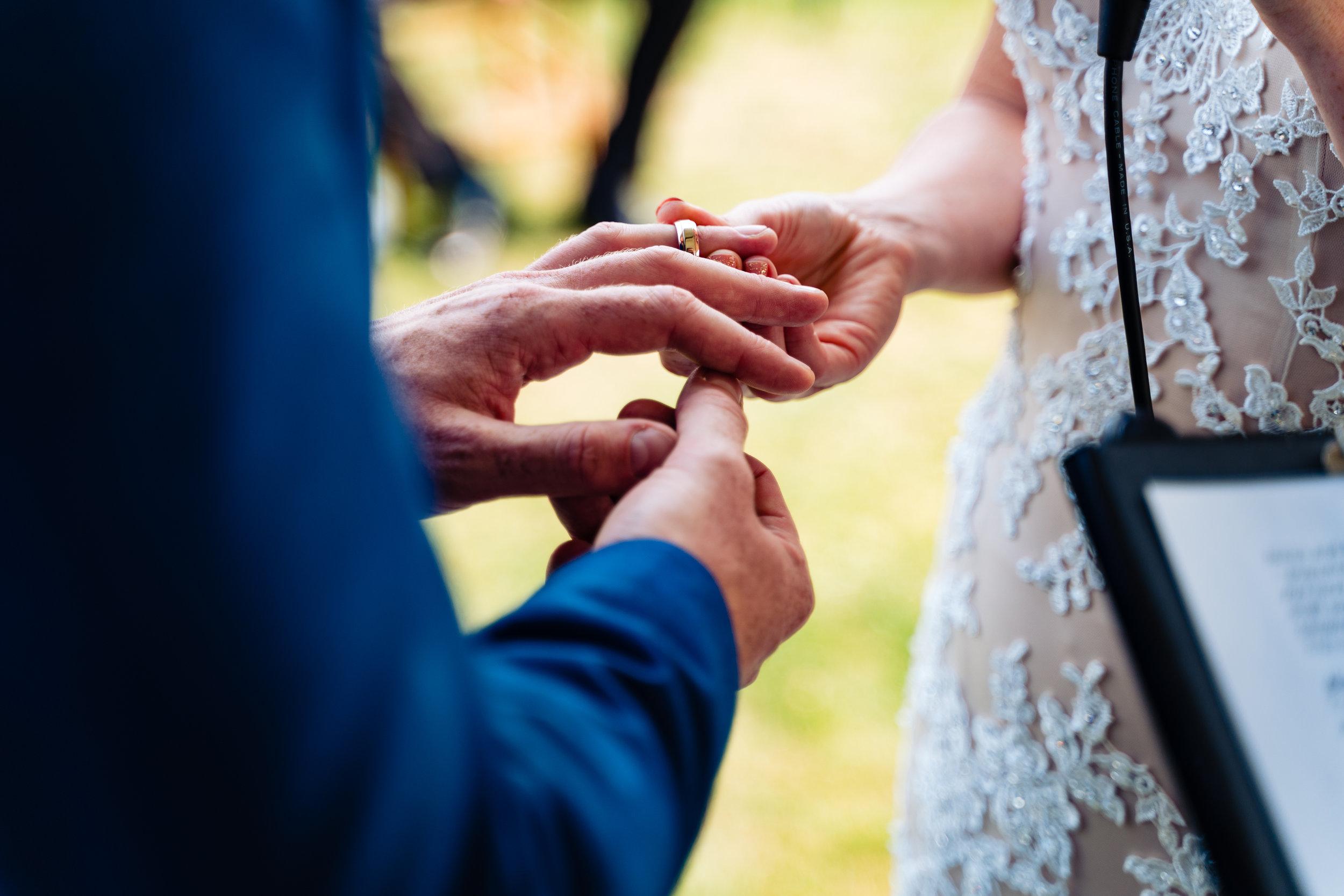 Jenna-Pat-267halifax-novascotia-weddingphotography-wedding-foxandfellow.jpg