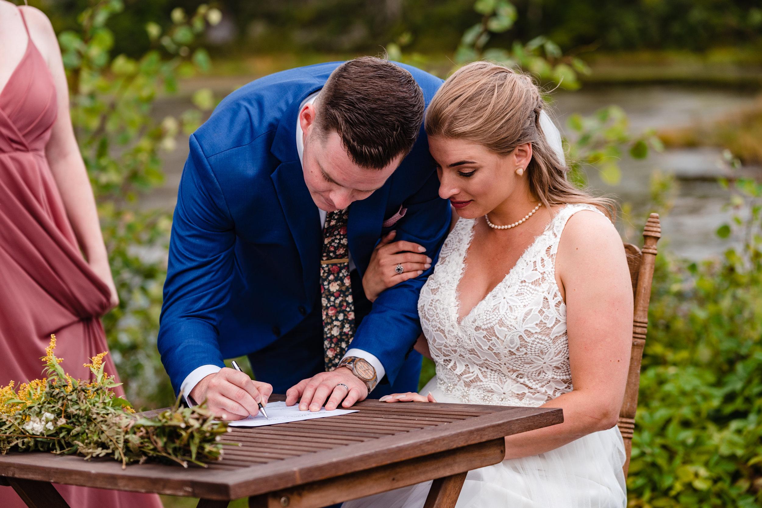 Janelle-Mitch-Halifax-Wedding-Nova-Scotia-Photography (122 of 163).jpg