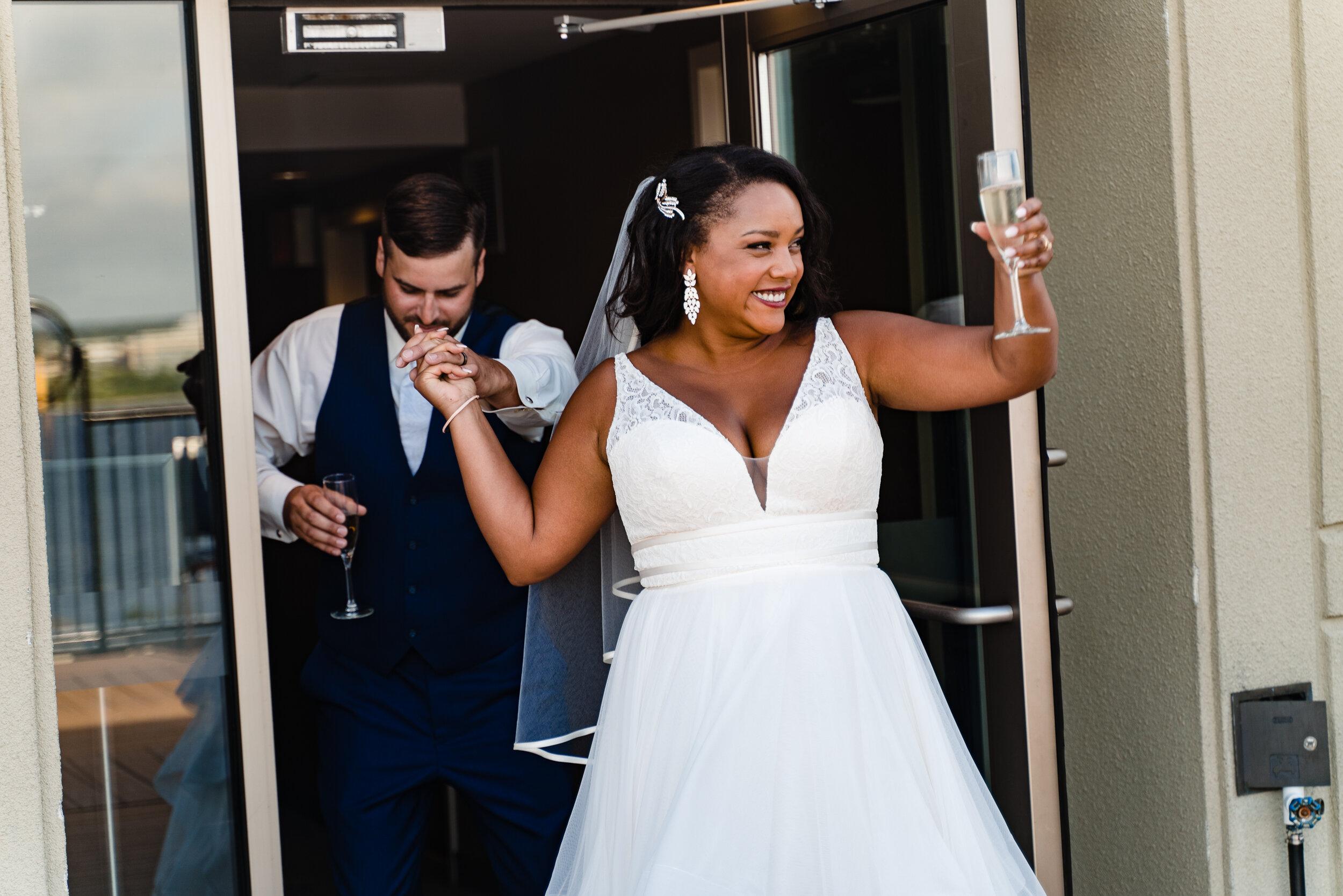 courtyard-marriot-wedding-halifax-27.jpg