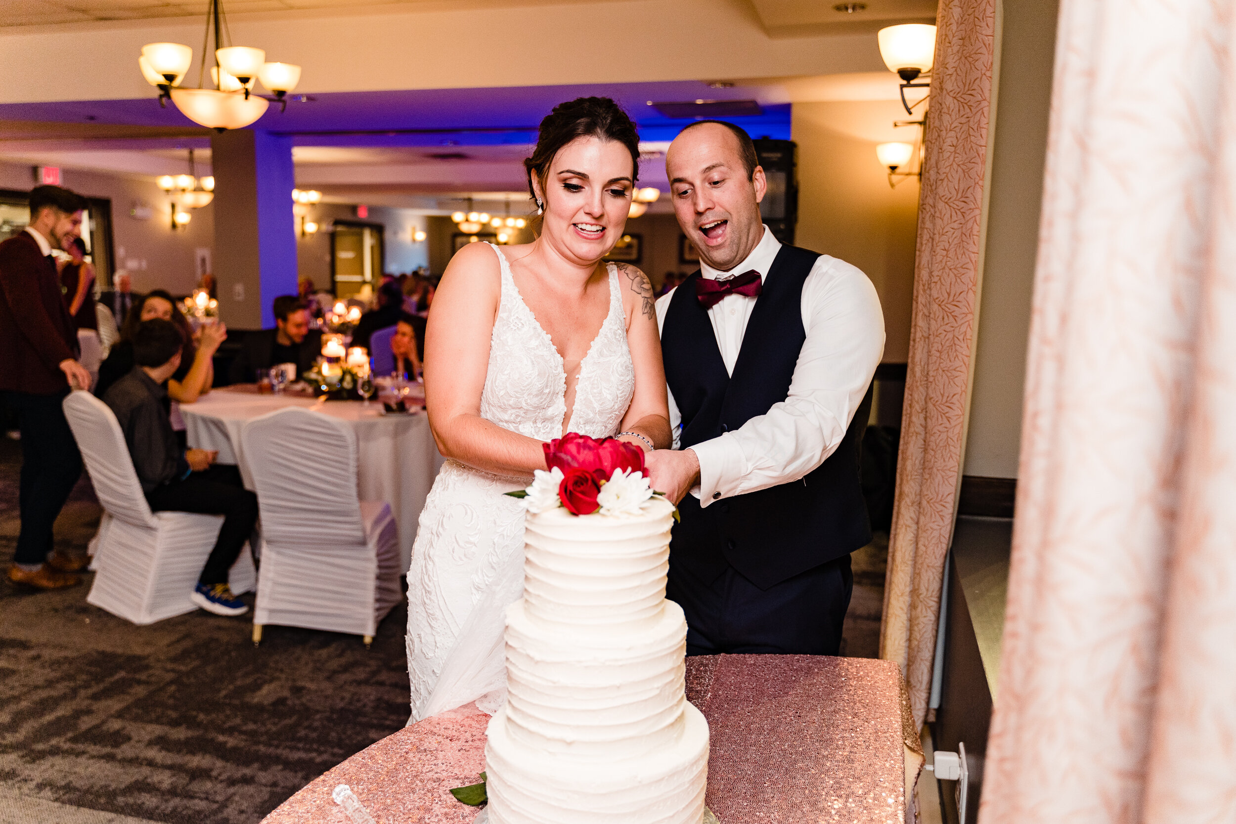 Chocolate-Lake-Wedding-Photograpgher-Halifax-best-western-106.jpg