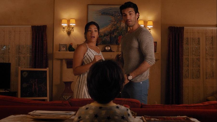 Mateo catches Jane and Rafael kissing