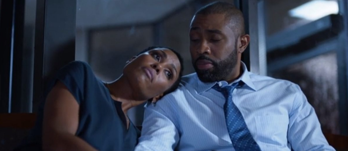 Jefferson (Cress Williams) and Lynn (Christine Adams) wait for news at the hospital