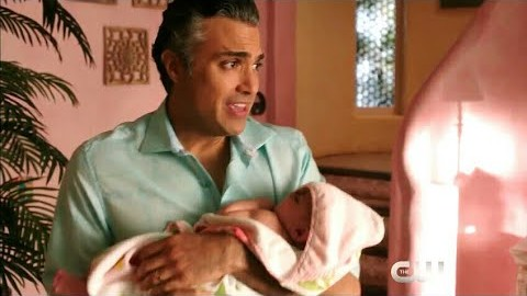 Rogelio (Jaime Camil) realizes that being a nanny isn't as much fun as he'd hoped.