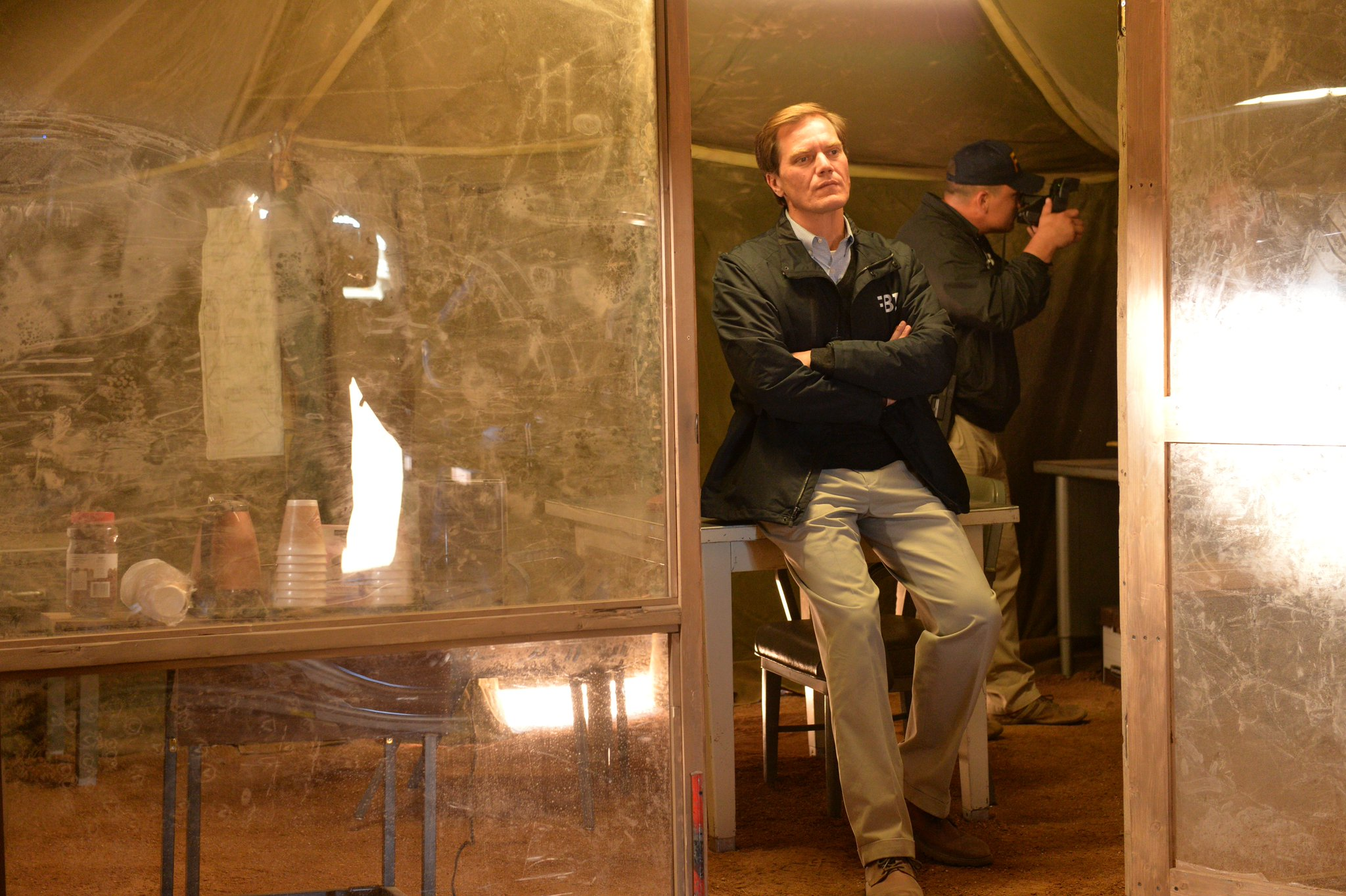 Michael Shannon as Gary Noesner