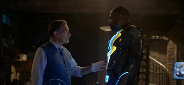 Gambi (James Remar) and Jefferson Pierce (Cress Williams) as Black Lightning