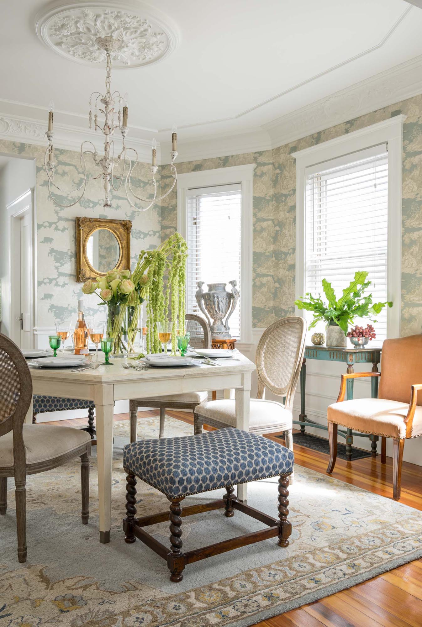 Dining Room Design with table set up and indoor plants decorations