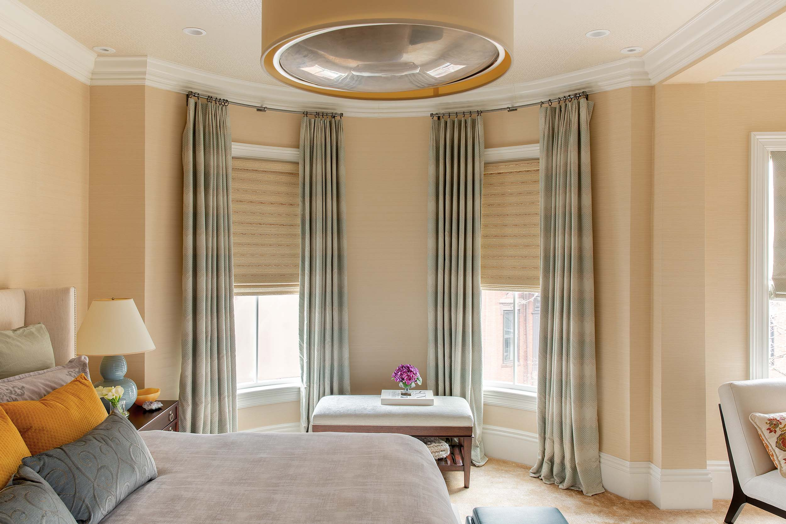 2-Transitional-Contemporary-Top-Bedroom-ideas-Decorator-Best-Interior-Designers-Boston-South-End-Back-Bay-Cambridge-Dane-Austin-Design.jpg