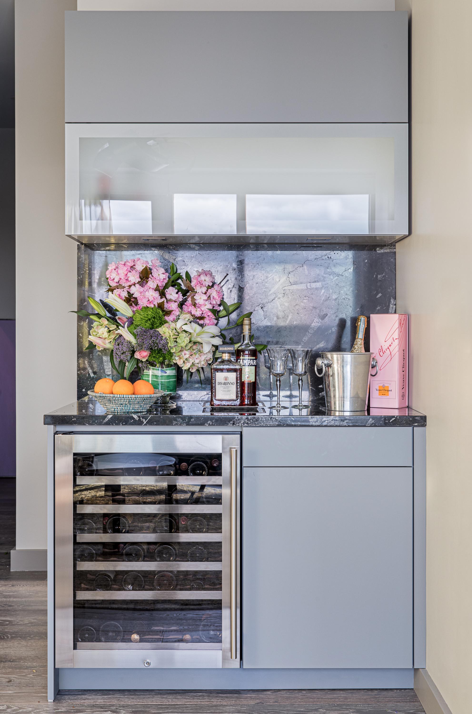 Boston home bar interior design by Dane Austin Design