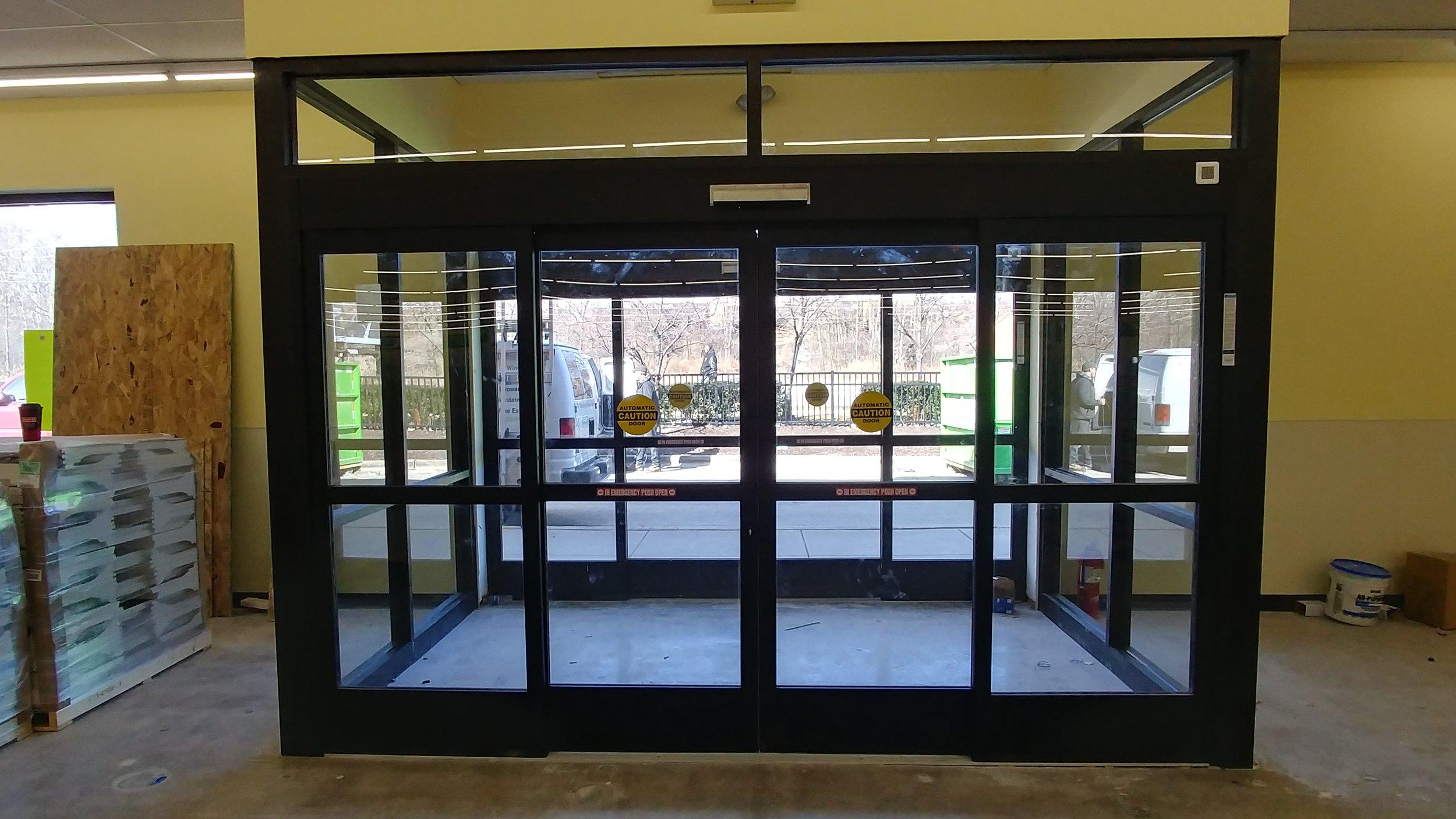 Commercial Vestibule Installation, Glass Vestibule Entry