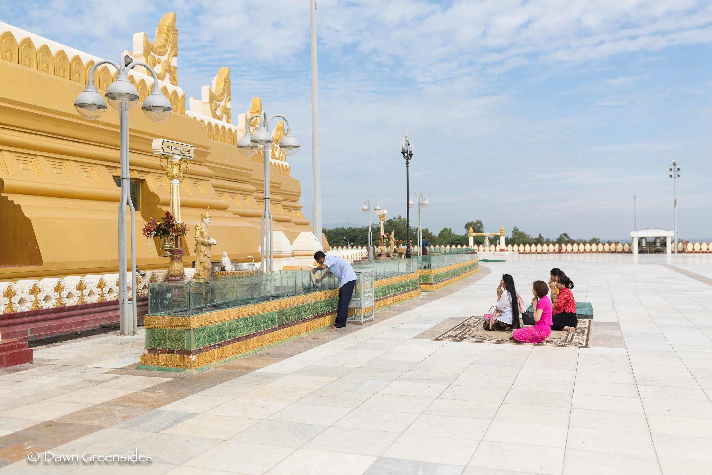 Naypyidaw-16.jpg