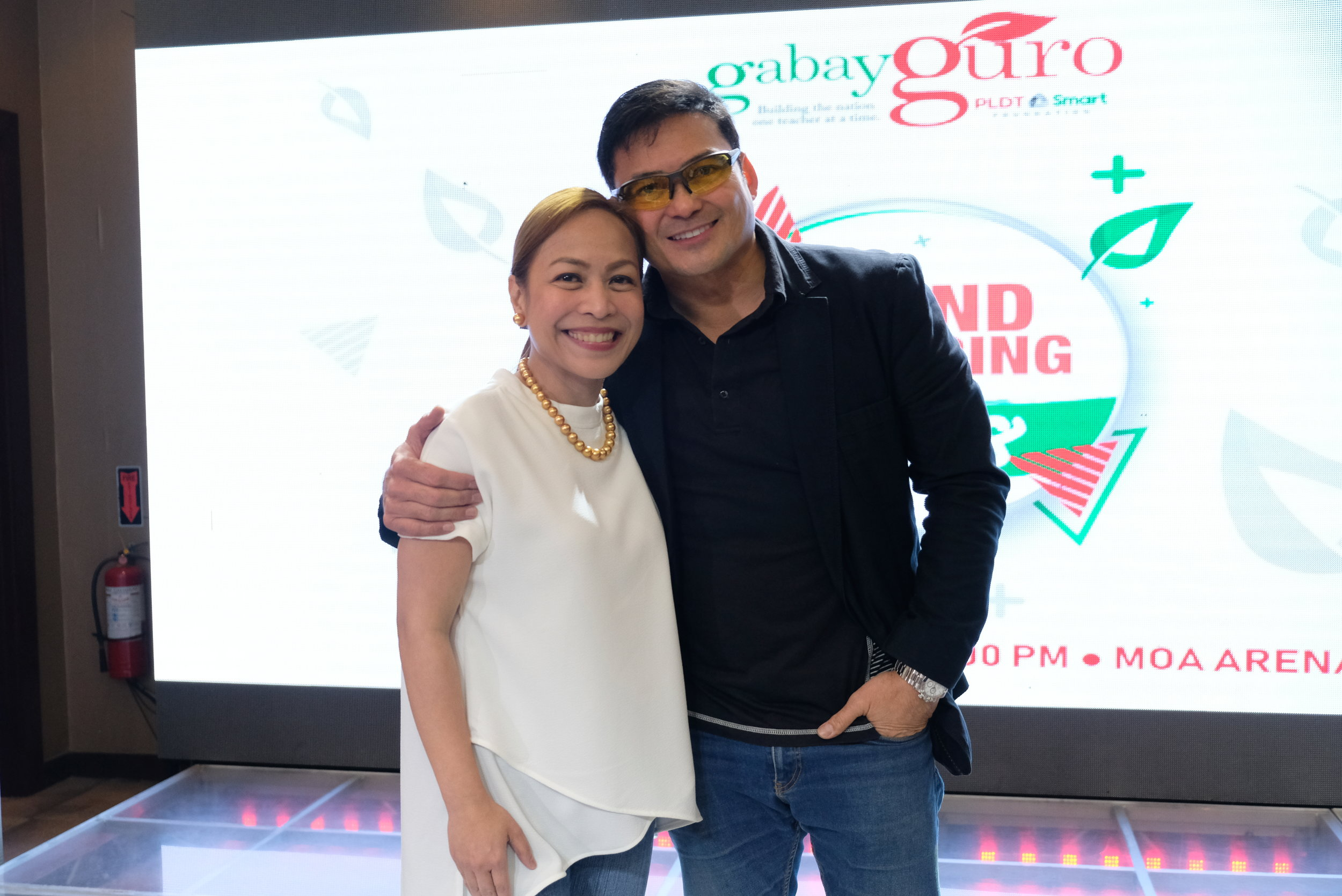 Actor Gabby Concepcion with Gabay Guro Chairman Chaye Cabal-Revilla at the media gathering for Gabay Guro's Grand Gathering at MOA on Sept. 23, 2 p.m.
