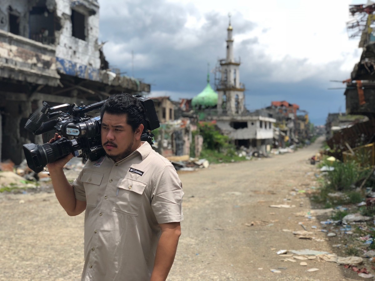 Jeff Canoy covering the war-torn Marawi