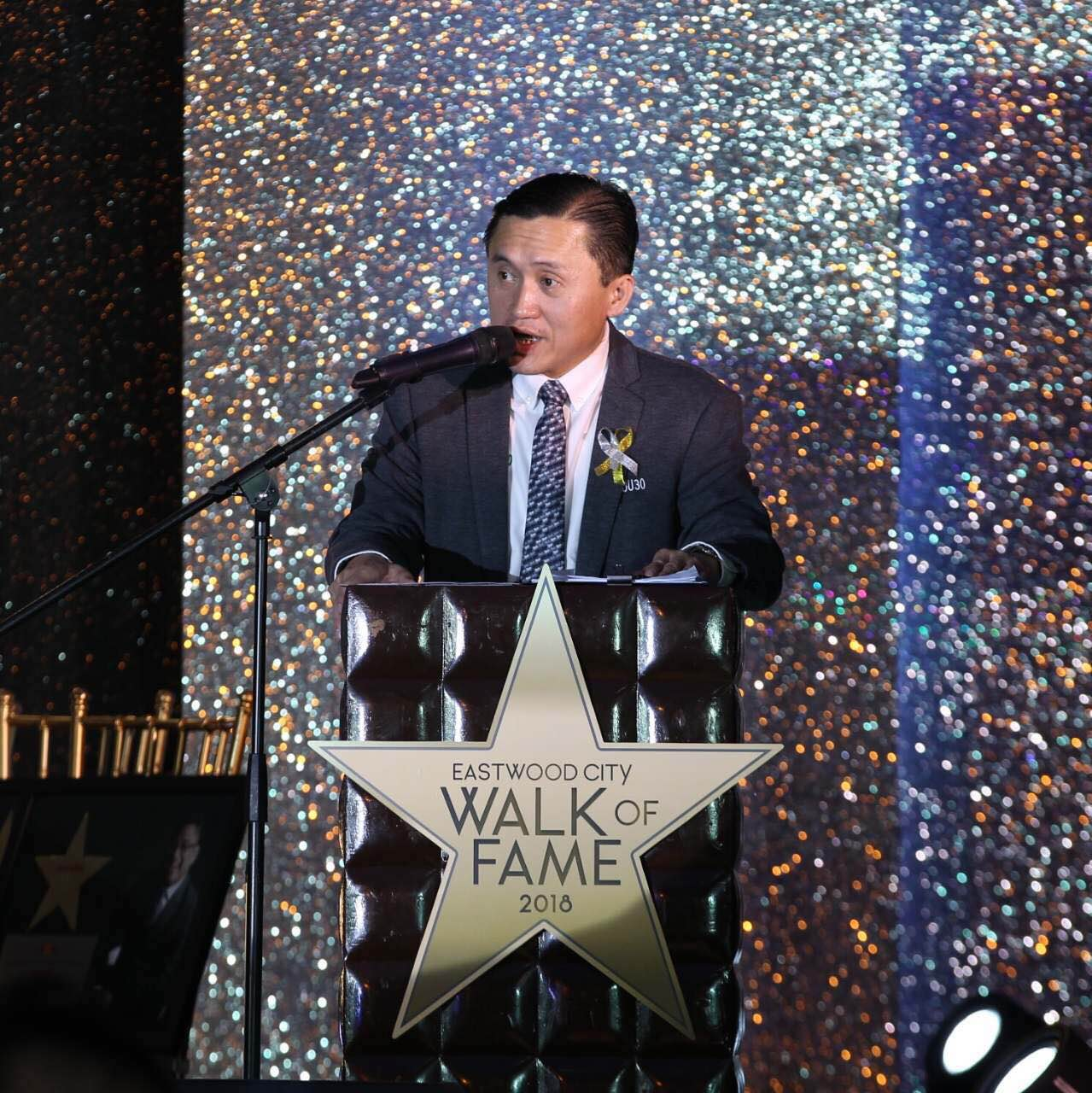 Speaking before the guests at the Walk of Fame