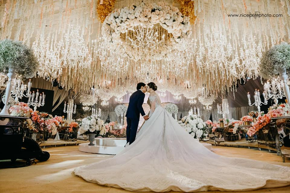 Have the grandest wedding you dream about