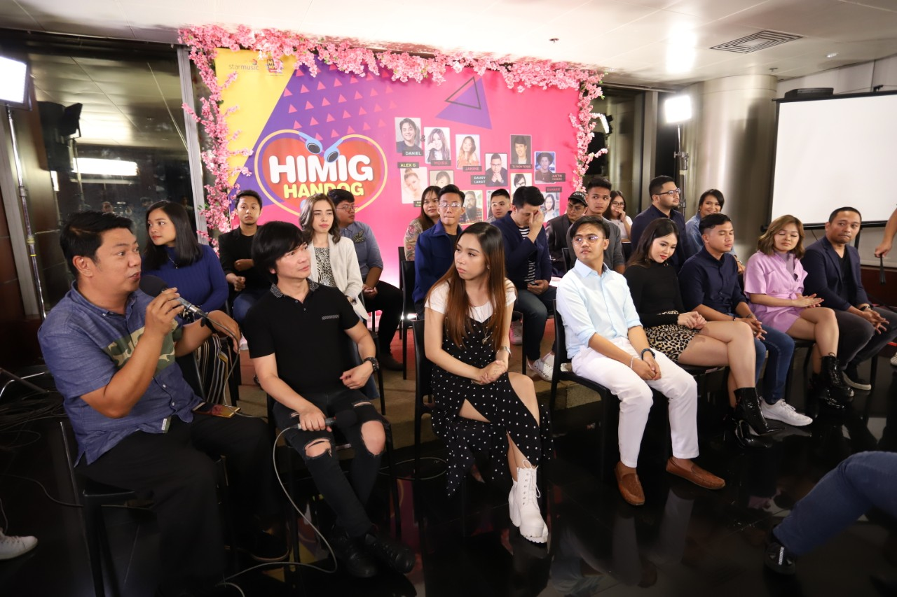 Roxy Liquigan and the finalists at the presscon