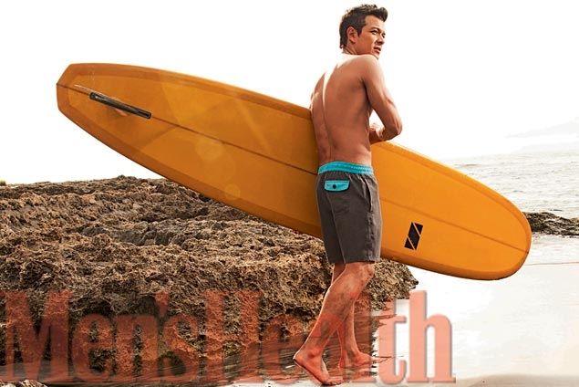 Jericho Rosales and his board