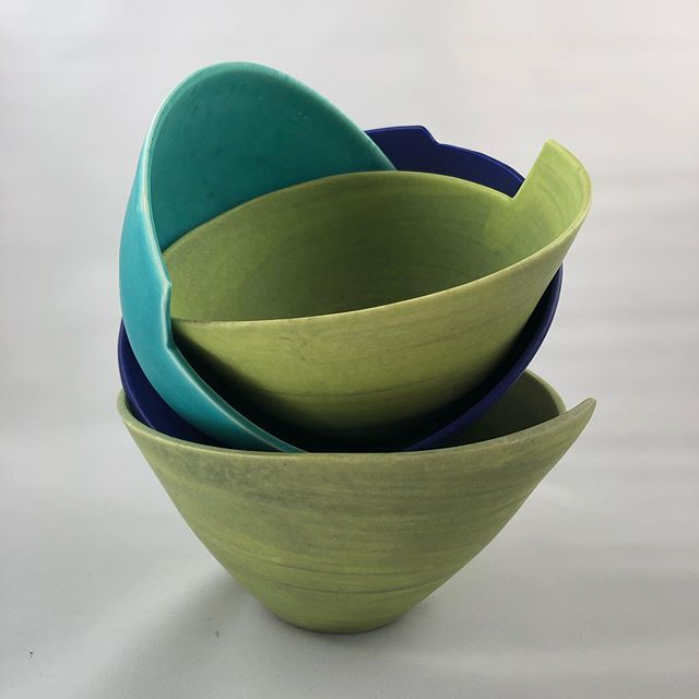 A selection of new shaped bowls I will be taking with me to the Wilbraham Food and Craft Fair this Sunday.  #craftfair #pottery #bowls #porcelain #cambridge