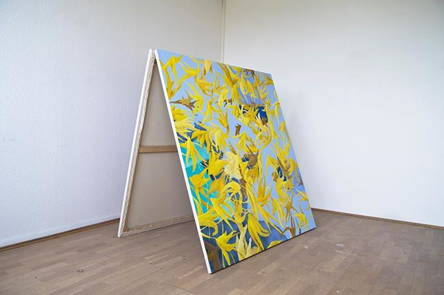 Undressing Painting installation 2019 150x157x100 at PÚDER Vol.2: Synthetic entity  #contemporary #contemporarypainting #youngartist #hungarianartist #abstract #abstractart #paintinginstallation #🍌 #📂 #tent #puder #synthetic #entity #attilabagi