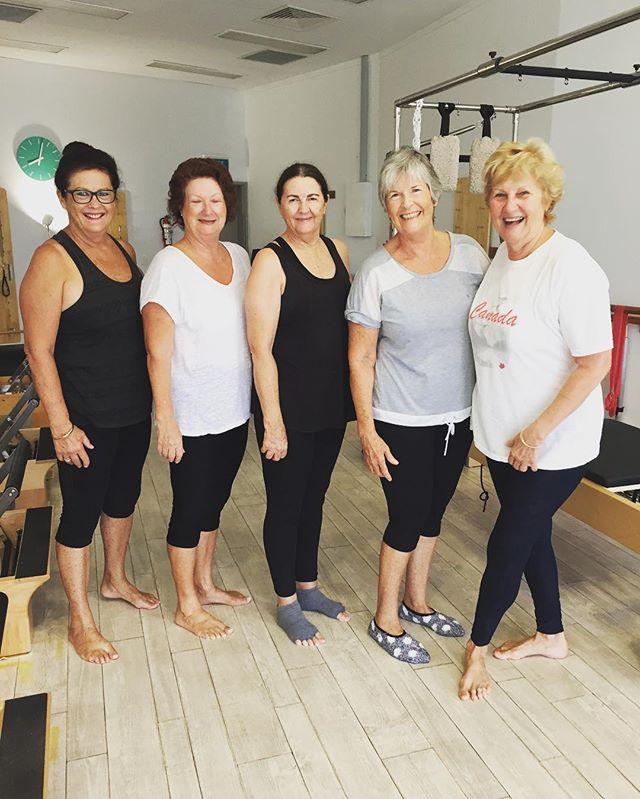 The Beautiful ladies from our 8am Reformer class. #trinitybeachstudio #pilatesreformer #pilatesisforeveryone #noagelimit #sarahjanepilates