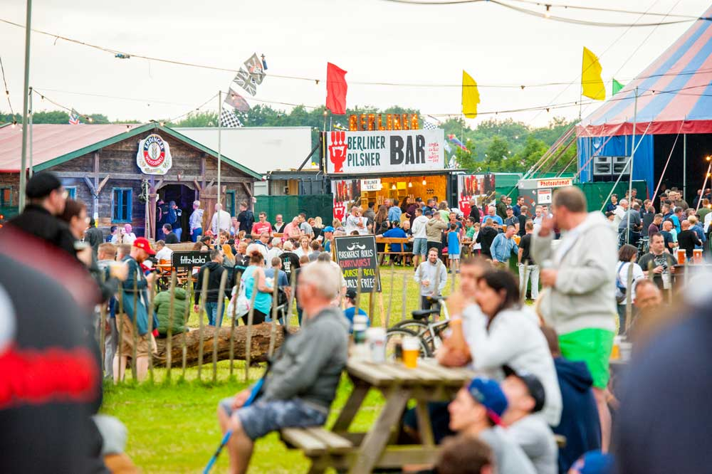 erdinger-and-berliner-brands-activation-at-silverstone-woodlands-operated-by-polar-bars.jpg