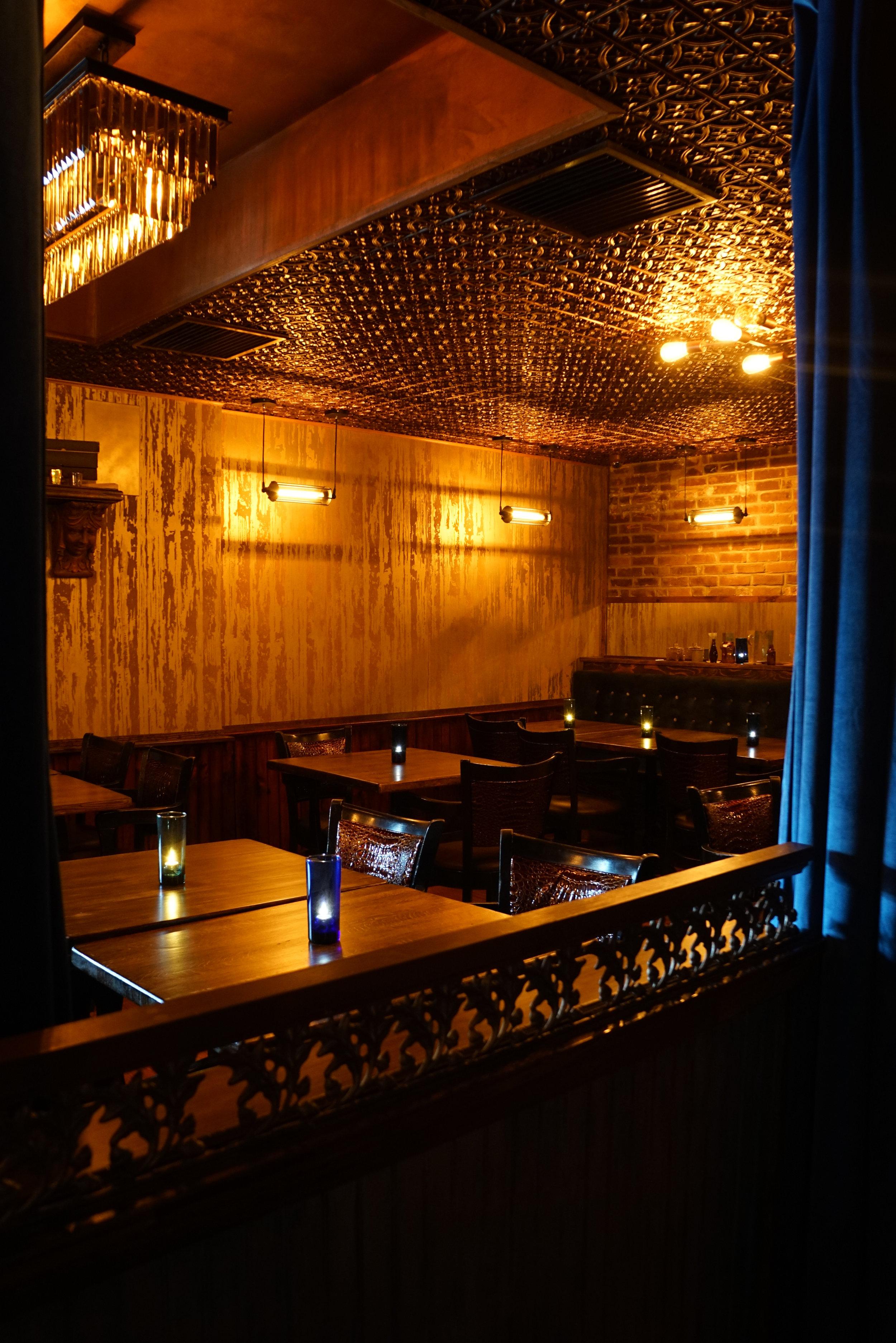 Victorian Whiskey Bar Speakeasy Interior Design