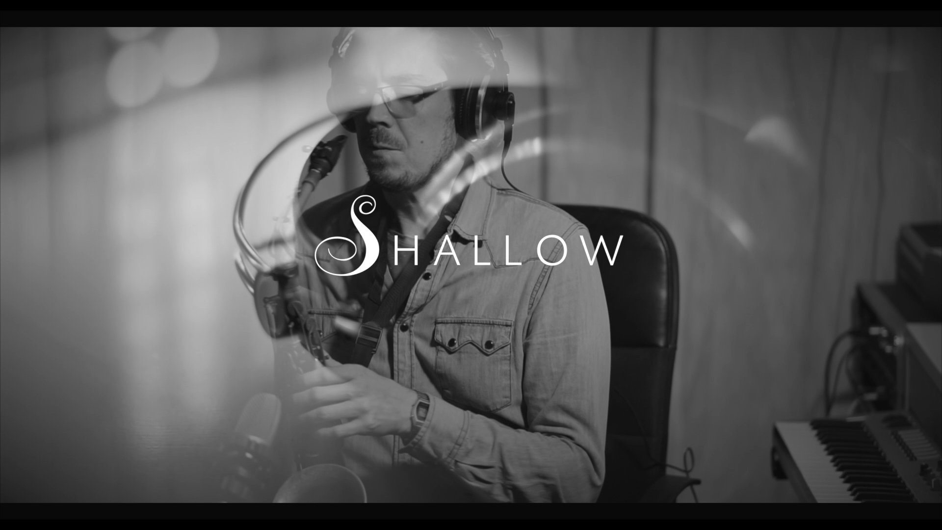 "Well the ""Jazz Police"" are probably going to be after me for this one. But I don´t care. There where so many things that I needed to practice in making this video, both from a music and film point of view. This is a cover version of the song ""Shallow"" from the recent film ""A Star Is Born"""