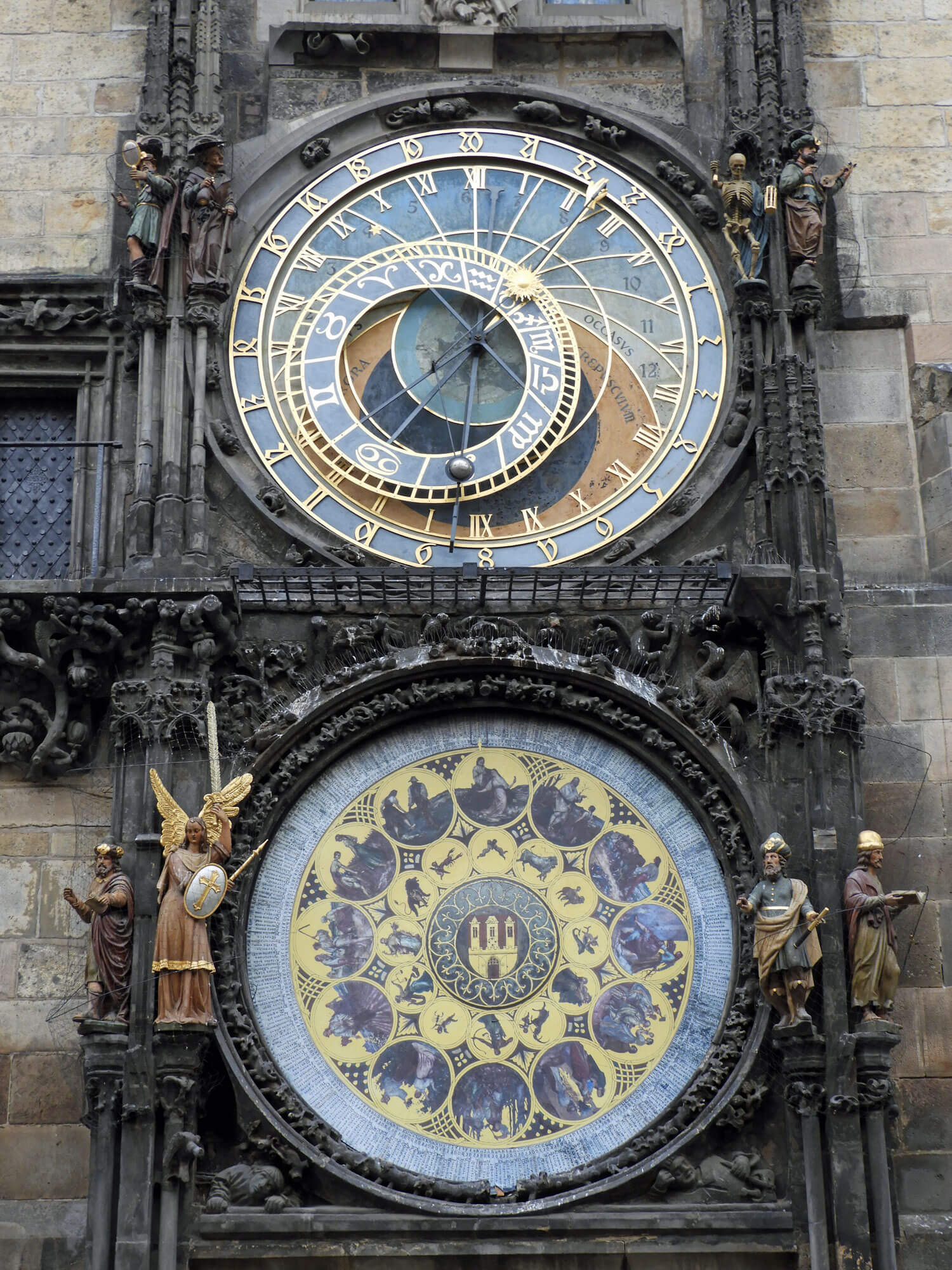 czech-prague-traditional-astrological-clock.jpg