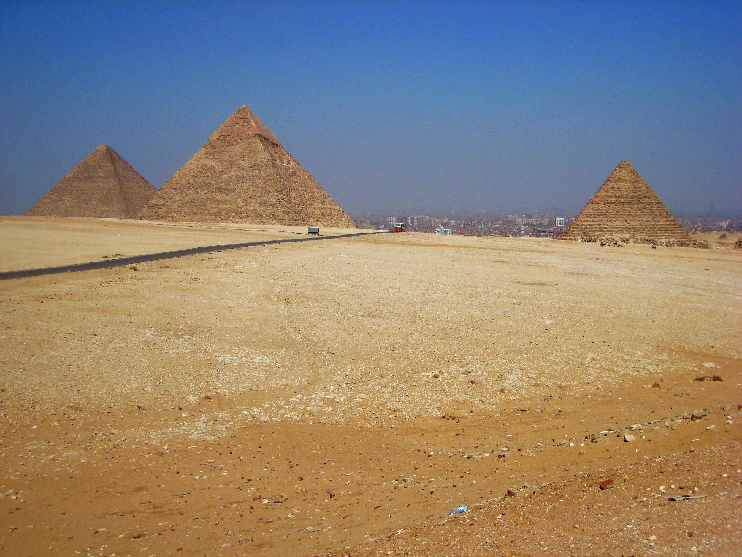 egypt-cairo-giza-pyramids-panorama.jpg