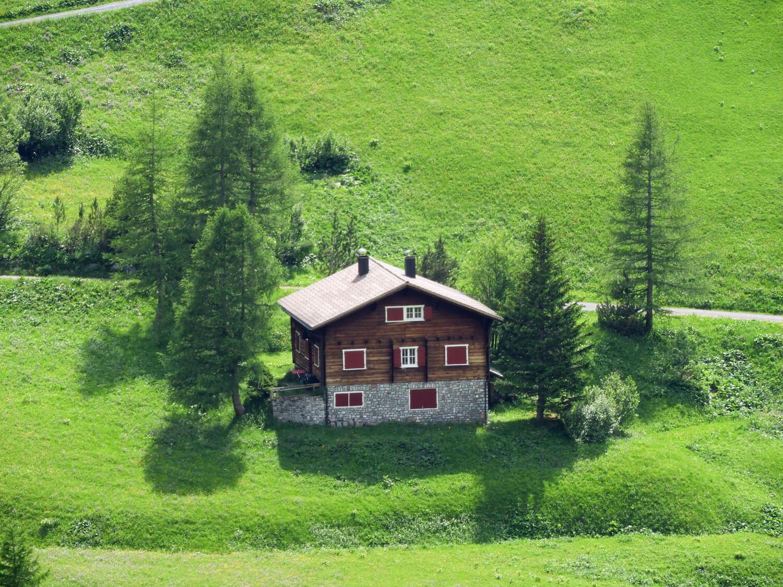 liechtenstein-malbun-valley-summer-mountains-chalet.jpg