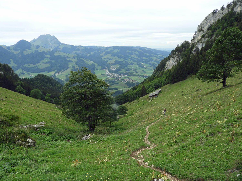 switzerland-gruyere-dent-du-broc-peak-saddle.jpg