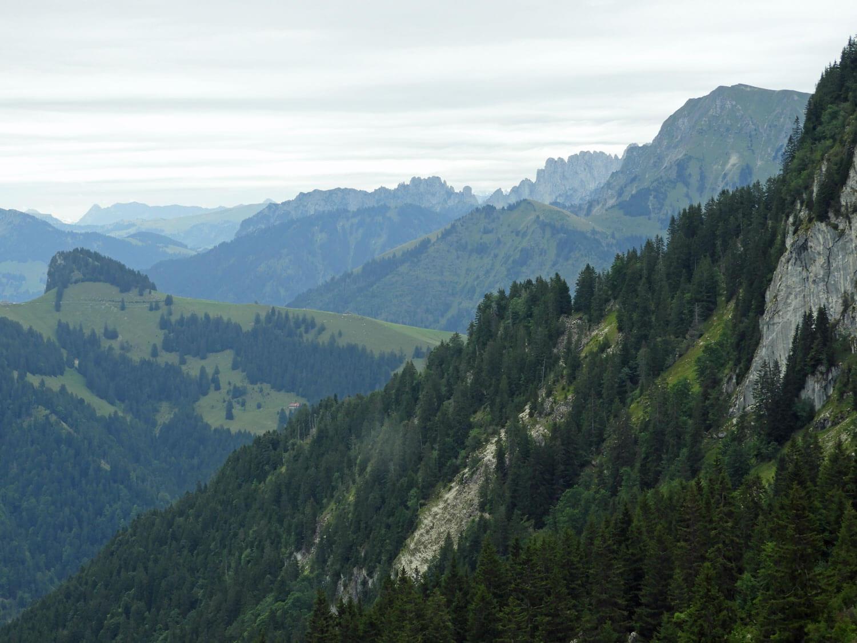 switzerland-gruyere-hike-mountains-dent-du-broc-peak.jpg