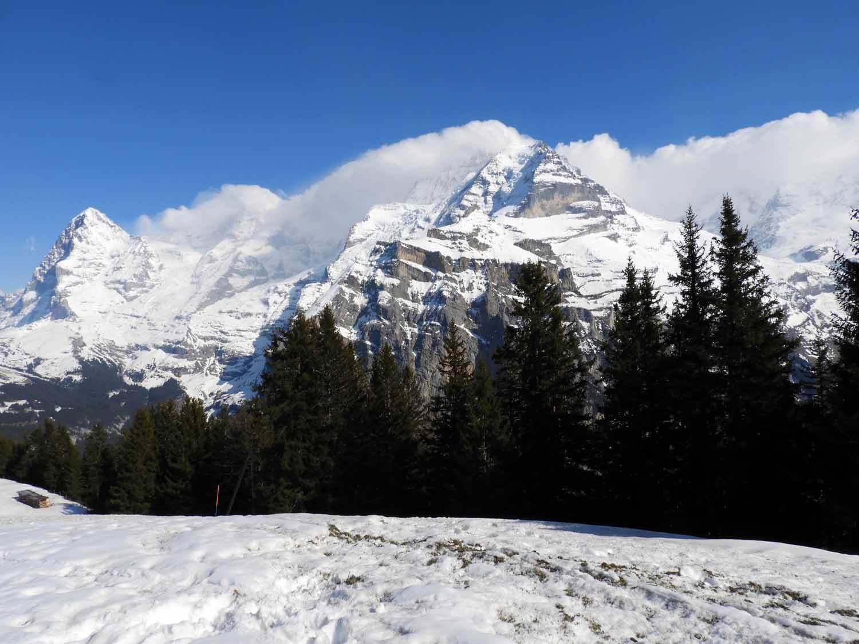 switzerland_murren_winter_sledding_snow_sledge_eiger_jungfrau.JPG