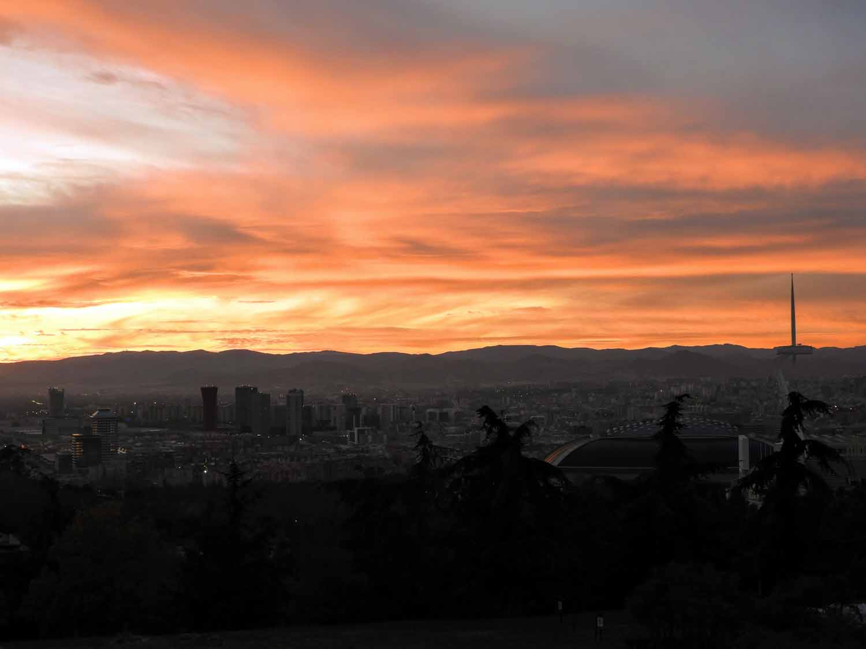 spain-barcelona-montjuic-sunset-view.jpg